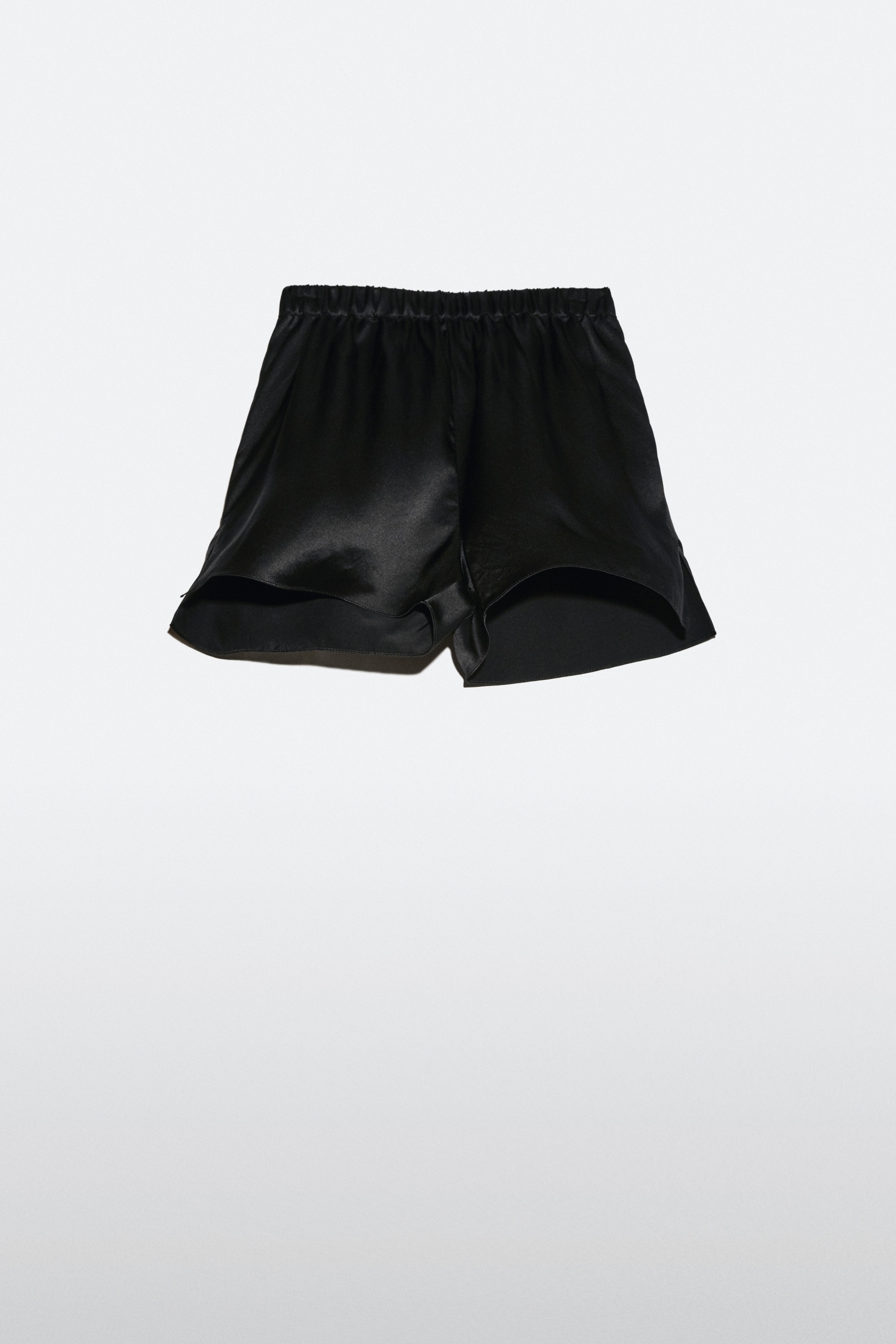 ©OBANDO | OUD NOIR CARNAL SHORTS scaled